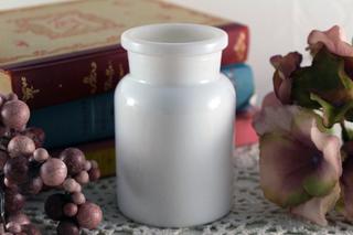 【ベルギー製】真っ白なメディカル瓶