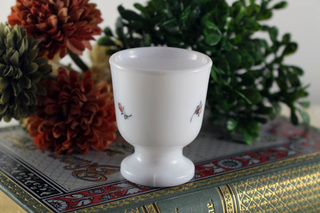 フランス製の花柄のエッグカップ2個セット