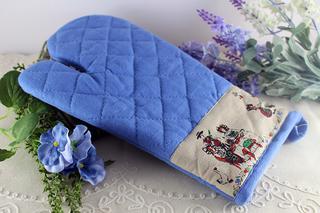 フランスのアルザスの民族衣装のブルーの鍋つかみ